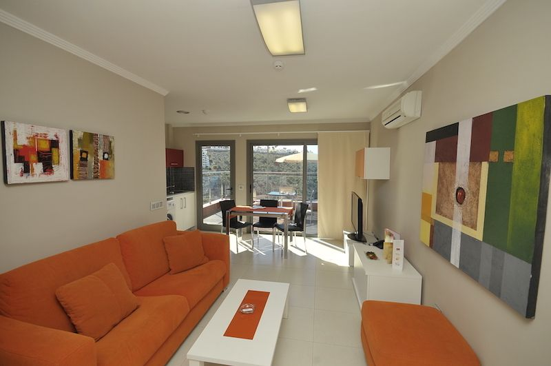 1 bedroom Apartment with Balcony.